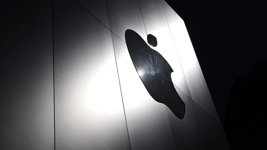 """Un ex empleado de Apple afirma que Apple estaba al tanto de sus escritos """"anti-mujeres"""""""