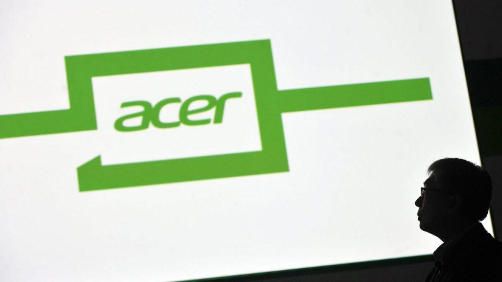 Acer dice que la escasez global de chips acelerará la producción de portátiles hasta al menos 2022