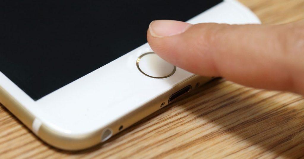 Encuesta: ¿Prefieres un iPhone con Touch ID debajo de la pantalla o en el botón de encendido?