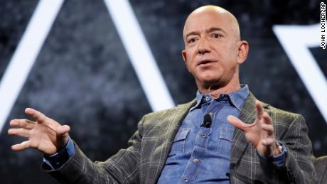 Jeff Bezos vuela al espacio.  Aquí tienes todo lo que necesitas saber